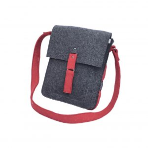 520330_Felt Shoulder Bag_H34 x W26 x 6_1